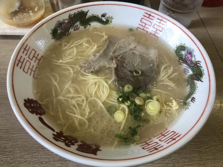 長浜ラーメン1杯目